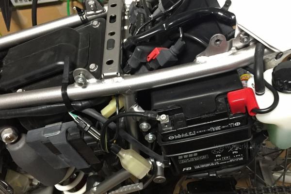 KLX250-バッテリー周り