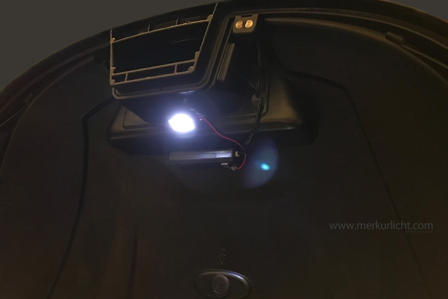 リアボックス用ライト